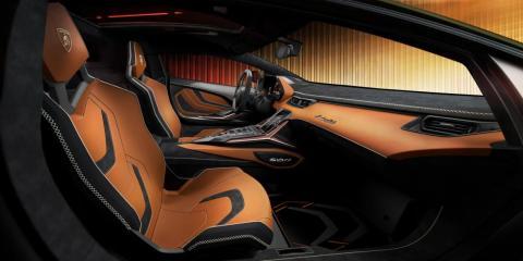Serán individualmente personalizados y estilizados por el propietario a través del estudio y programa del fabricante, Lamborghini Centro Stile and Lamborghini Ad Personam.