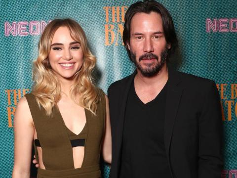 "Suki Waterhouse y Keanu Reeves protagonizaron juntos ""Amor carnal"" de 2016."