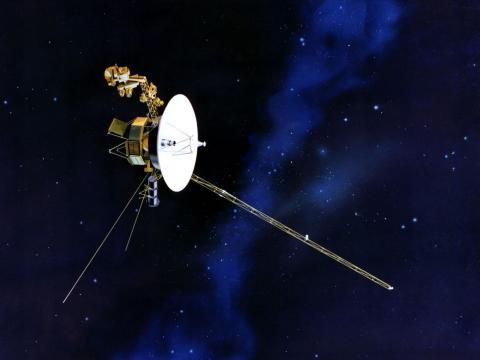 Una ilustración de la nave espacial Voyager de la NASA a la deriva por el espacio. El Voyager 2 fue lanzado en 1977 y alcanzó el espacio interestelar en 2018.