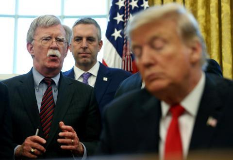 John Bolton y Donald Trump