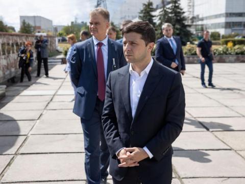 El presidente de Ucrania, Volodymyr Zelenskiy, en Chernobyl, Ucrania, julio de 2019.