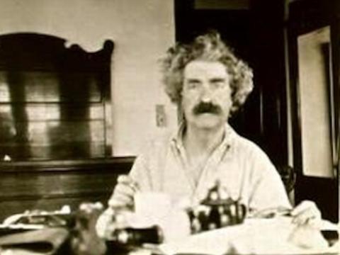 Mark Twain publicó muchas novelas