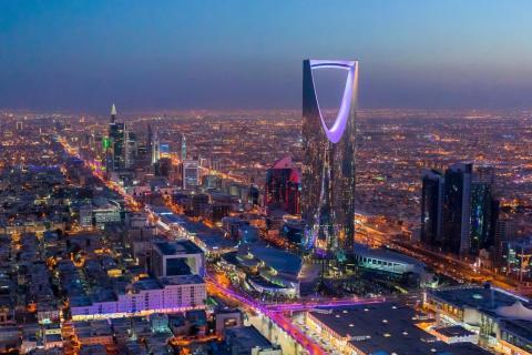 Riad, la capital de Arabia Saudita. Todavía no tiene un restaurante permanente con estrella Michelin.