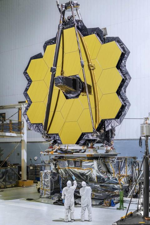 Espejo primario del telescopio James Webb de la NASA.
