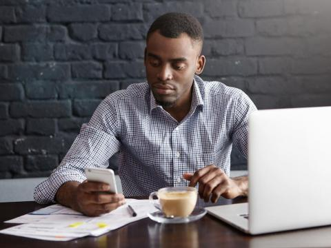 Remote workers should make the most of organizational and productivity tools.