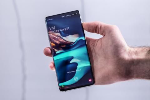 Samsung Galaxy S10, with a built-in fingerprint sensor below the display (where the thumbprint symbol is).