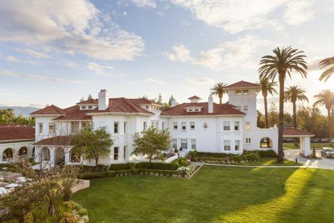 Antigua mansión privada, la mansión Hayes es una forma históica y única de experimentar Silicon Valley.