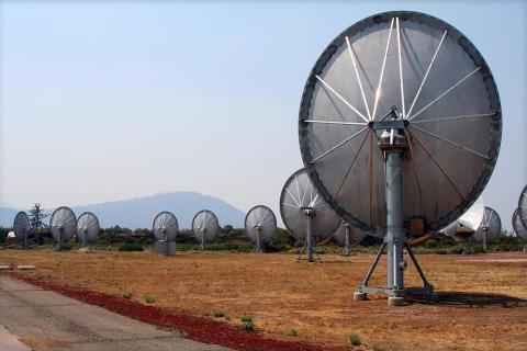 The radio telescopes SETI uses to look for aliens.