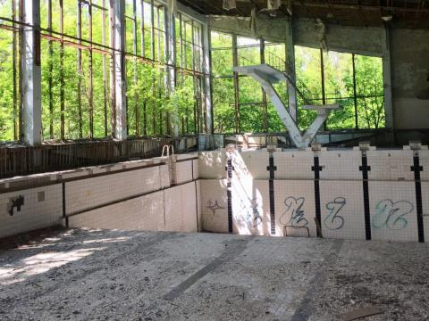 Una piscina abandonada en Pripyat.