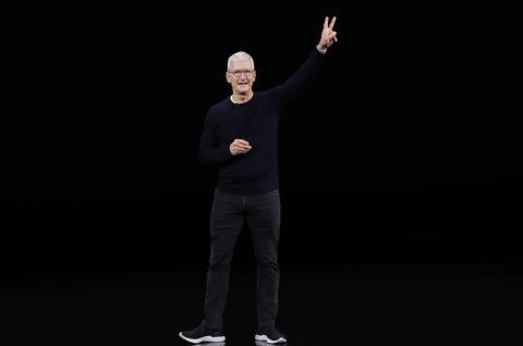 Tim Cook durante la presentación del iPhone 11