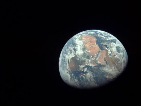 Una vista de África tomada por los astronautas del Apolo 11 el 20 de julio de 1969.