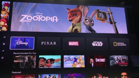 ... while Disney's icon animates to show fireworks above Cinderella's castle.