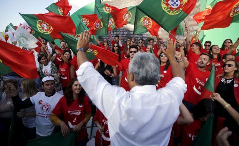 António Costa, líder del Partido Socialista portugués hablándole al pueblo tras las elecciones de 2015