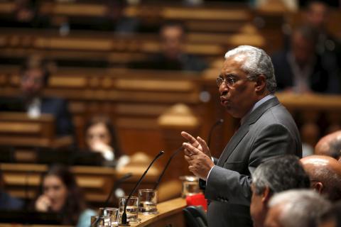 António Costa, líder del Partido Socialista portugués hablando en el Parlamento