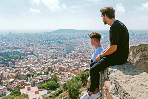 Los lugareños de Barcelona expresan su descontento con el turismo en la zona.