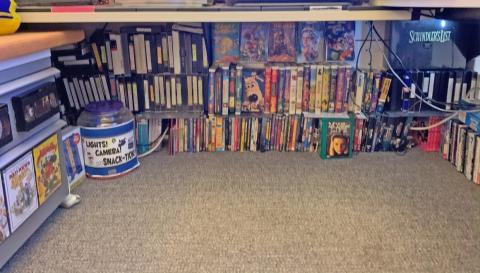 La colección de más de 600 VHS