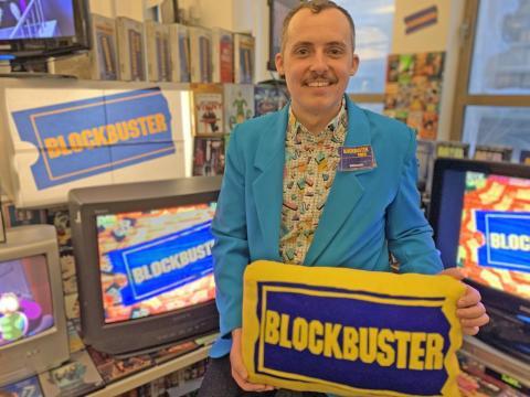 Cory Bruce, creador del Blockbuster
