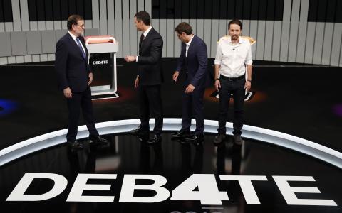 Debate a 4 2016