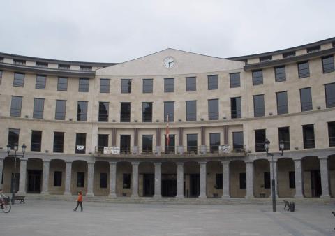 Fachada del Ayuntamiento de Llodio, municipio donde Santiago Abascal fue concejal.