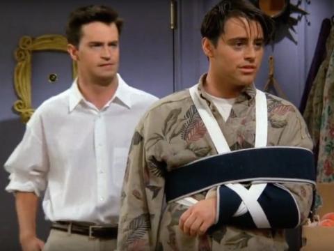 Se dijo que Joey se hizo esta lesión saltando sobre la cama.