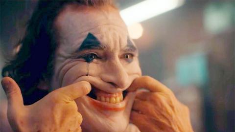 Joaquin Phoenix interpretando al Joker.