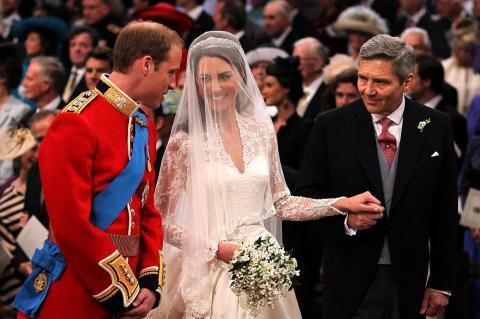 Kate Middleton se casó con el príncipe Guillermo en 2011, nueve años después de haberse conocido en la Universidad de St Andrews en Escocia.