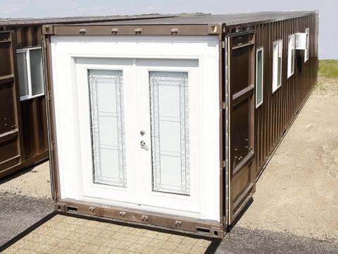 La pequeña casa MODS 40 está hecha con un contenedor de transporte real.