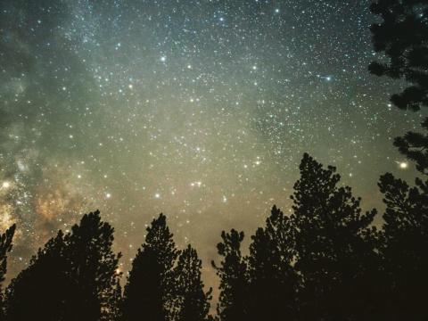 Un cielo nocturno en Utah.