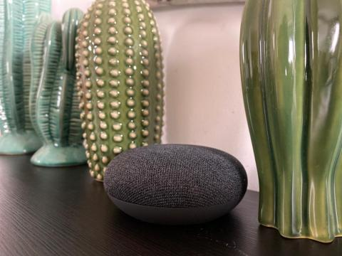 El Nest Mini, el altavoz inteligente de Google