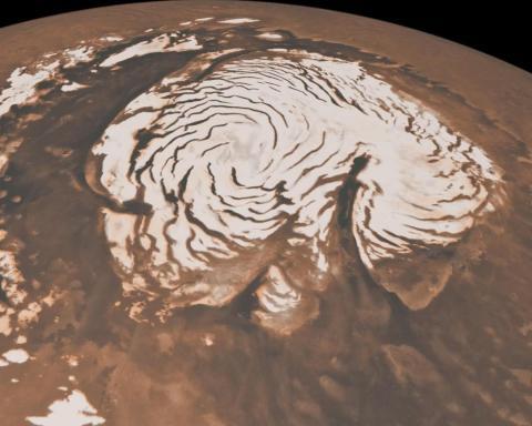 La capa polar norte de hielo de Marte.