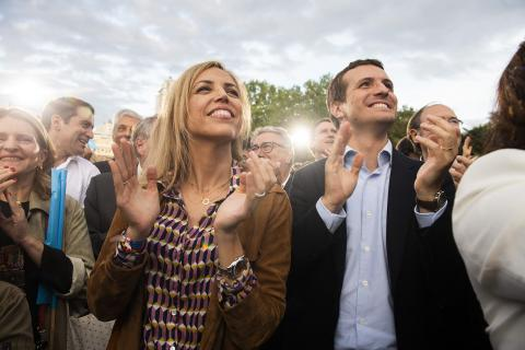 Pablo Casado y su mujer, Isabel Torres Orts.