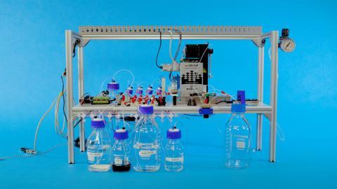 Primer disco duro de ADN