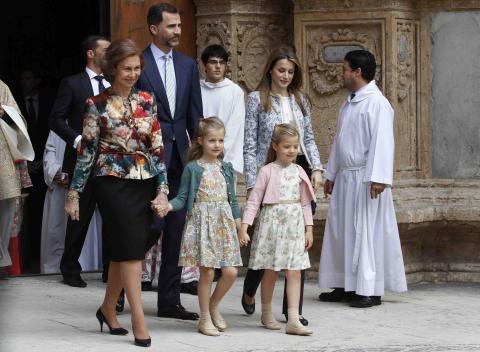 La princesa Leonor asiste a la Misa de Pascua en Palma de Mallorca en 2013.