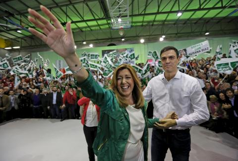 Susana Díaz y Pedro Sánchez en un acto de campaña de las elecciones locales de 2015.