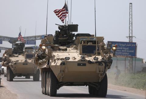 Un tanque estadounidense entrando en territorio Sirio