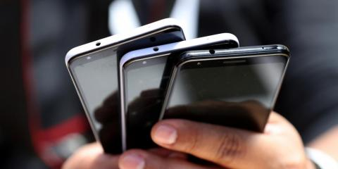 Trading in your smartphone could be a 'ticking time bomb' for your personal data — here's how one expert says you can protect yourself