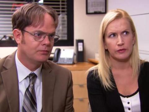 En última instancia, la relación de Angela y Dwight no podía prosperar siendo en secreto.