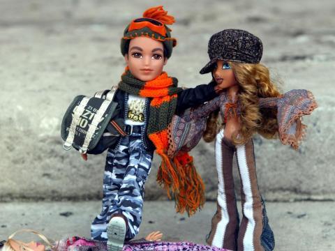 2001: Bratz Dolls