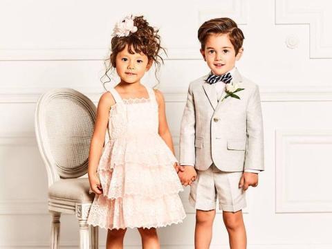 En 2019, Gap adquirió la empresa de ropa infantil Janie & Jack de Gymboree.