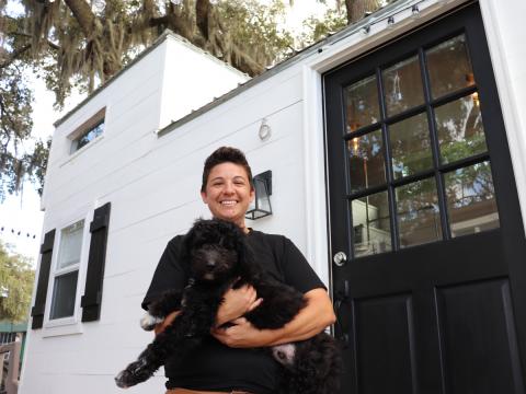 Amanda Burger y su perro