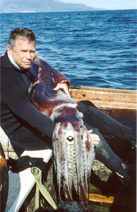 El explorador y director de cine submarino Scott Cassell.