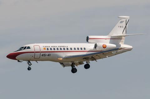 El avión Falcon que desplaza al presidente del Gobierno.