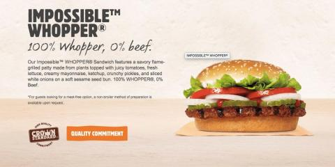 La web de Burger King ofrece detalles sobre cómo prepara su Impossible Whopper.