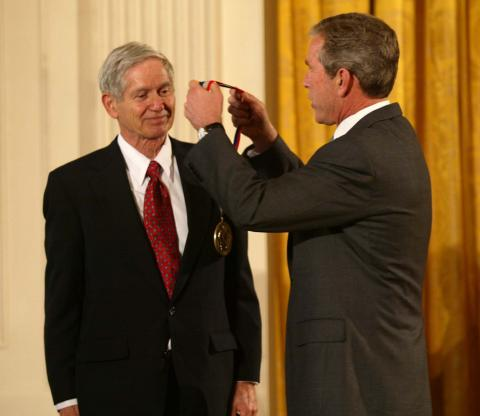 Charles David Keeling y George Bush