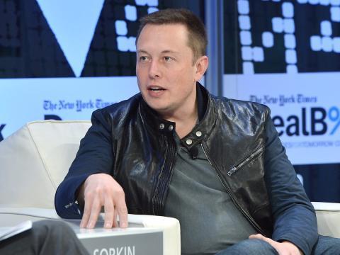 Elon Musk, CEO de Tesla, durante una conferencia