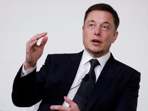 Elon Musk, CEO de Tesla, durante una entrevista