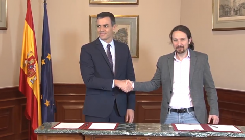 Firma del Gobierno de coalición entre PSOE y Podemos.
