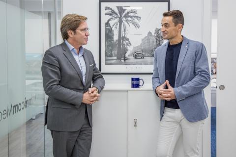 Joan Jordi Vallverdú, CEO en OmnicomMediaGroup Spain y Manuel del Campo, CEO de Axel Springer España