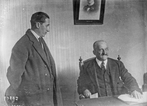 El líder sindicalista Ángel Pestaña y el conde de Romanones, uno de los principales políticos y empresarios de la época