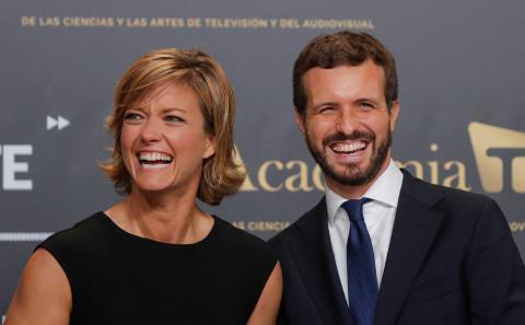 María Casado, presidenta de la Academia de la Televisión junto a Pablo Casado, líder del PP.